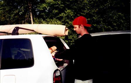 Dan Price '04 move-in day | Unpacking car.